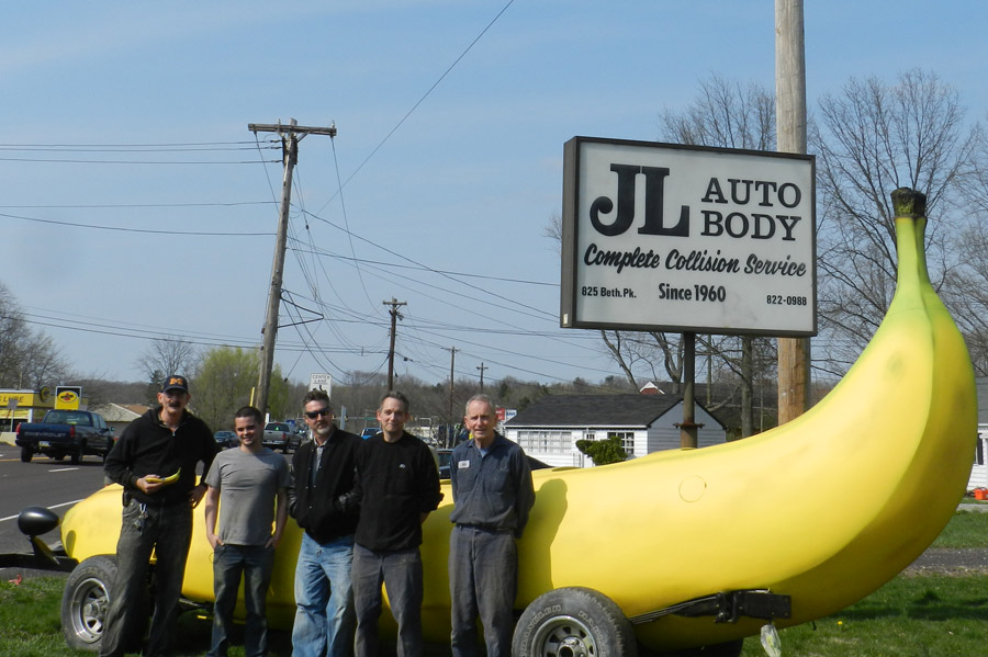 Photograph of the Big Banana Car.